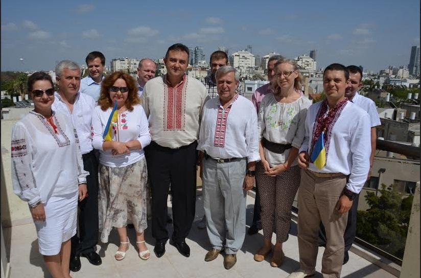 День вышиванки в Раде. Депутаты пришли в национальной одежде, за исключением оппозиции - Цензор.НЕТ 1263